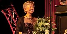 Koninklijke Beuk feliciteert Reismanager van het Jaar, Coby van Dongen