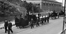 Vervoer van de wieg tot het graf