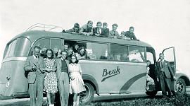 Beuk anno 1926-1935, toert met Beuk, eerste reisbus
