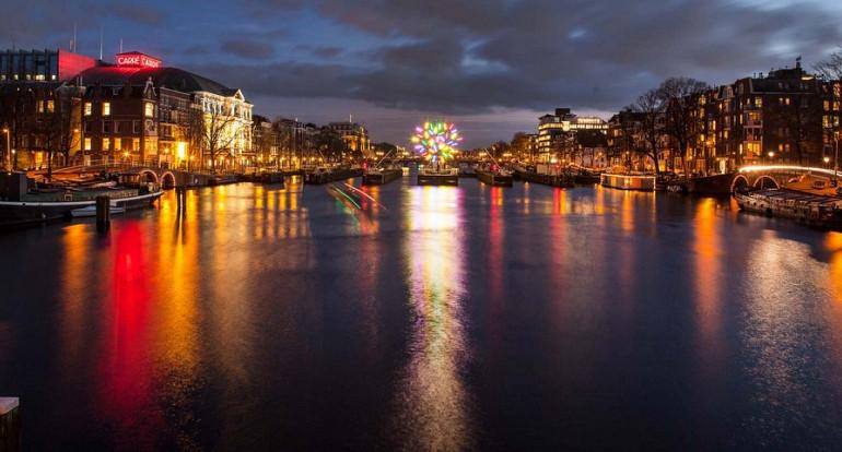 Lightfestival en Amsterdamse grachten