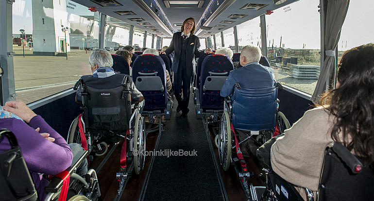 Koninklijke Beuk, rolstoelvervoer, rolstoeltouringcar