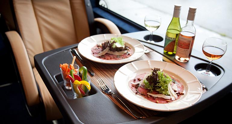 Koninklijke Beuk, VIP vervoer, VIP le Prestige, on board catering