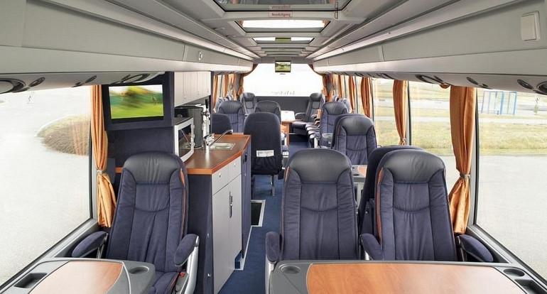 Koninklijke Beuk, VIP vervoer - VIP la Victoire, interieur