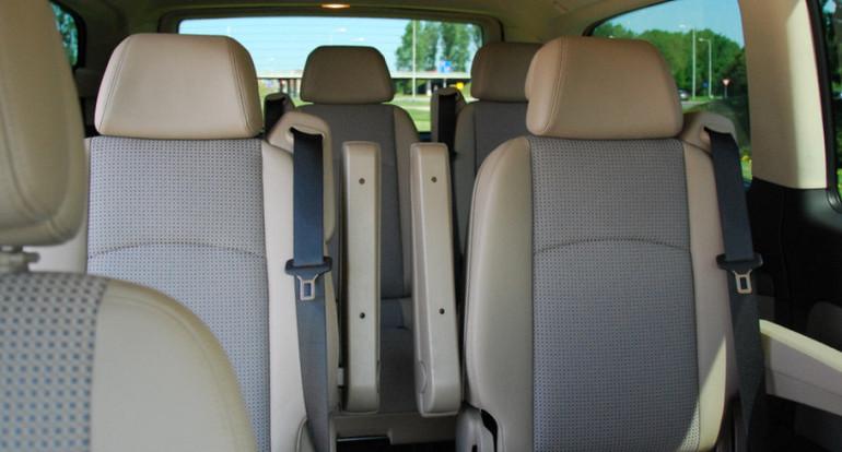 Koninklijke Beuk, Comfort Class vervoer, mini busje, interieur