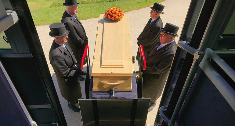 Royal Beuk, Funeral coach, a last journey