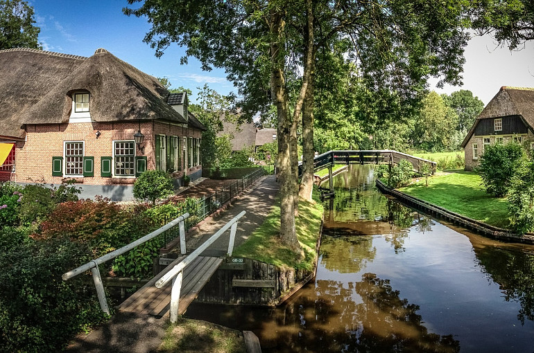 Giethoorn, Enkhuizen and reclaimed land