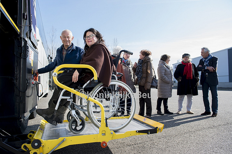 Wheelchair transport by luxury wheelchair coach Royal Beuk