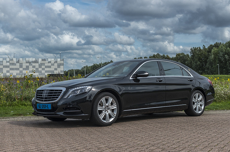 Koninklijke Beuk, Taxi vervoer, limousines, Mercedes S Klasse