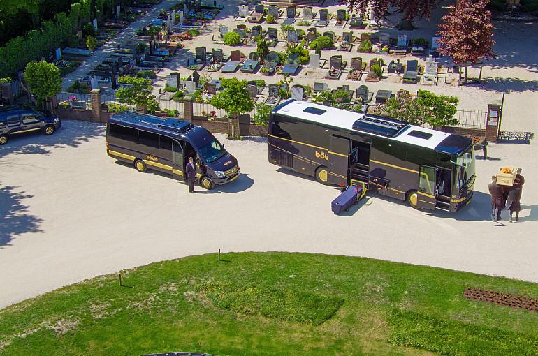Koninklijke Beuk, Uitvaartbus, een laatste reis