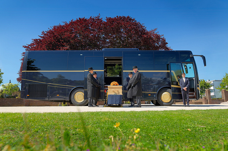 Funeral Transport, Royal Beuk, funeral coach, hearse coach