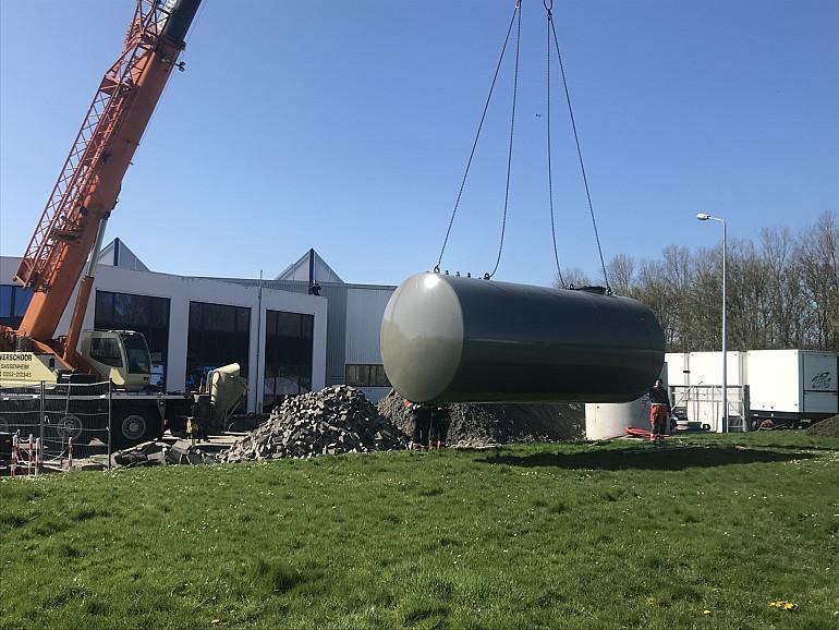 Nieuwe dieseltank en vetafscheider, Beuk, Noordwijk