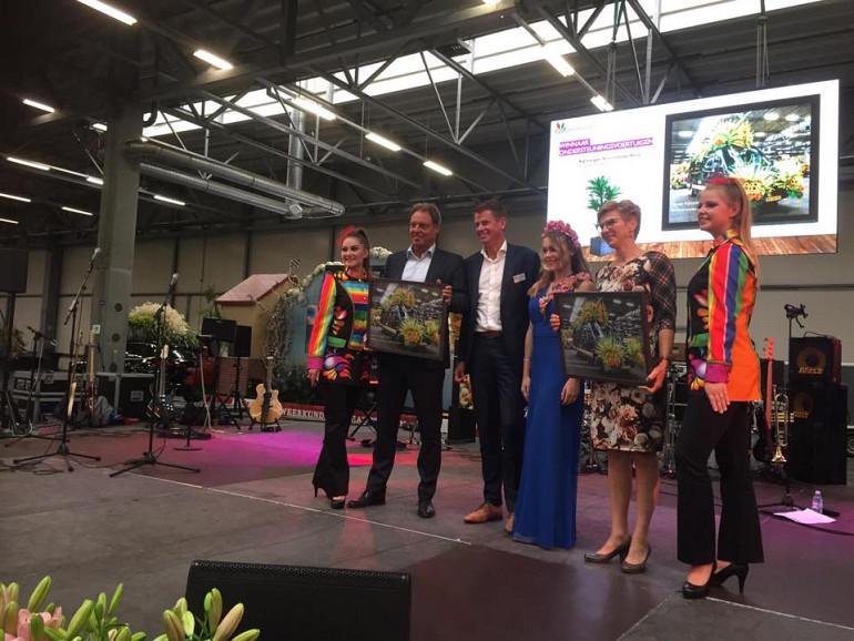 Beuk winnaar ondersteunende wagens Flower Parade Rijnsburg